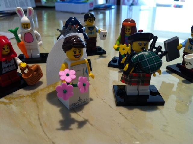 lego-series-7-bride