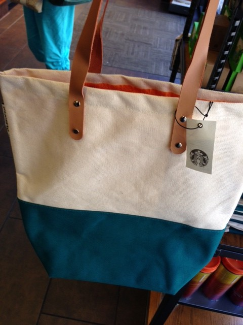 Starbucks Hawaii sells bags?