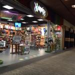 windward-mall-journeys